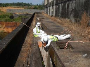 Environmental Due Diligence - Content of Asbestos, Lead & PCBs in Paint At Mt. Coffee Hydropower Plant